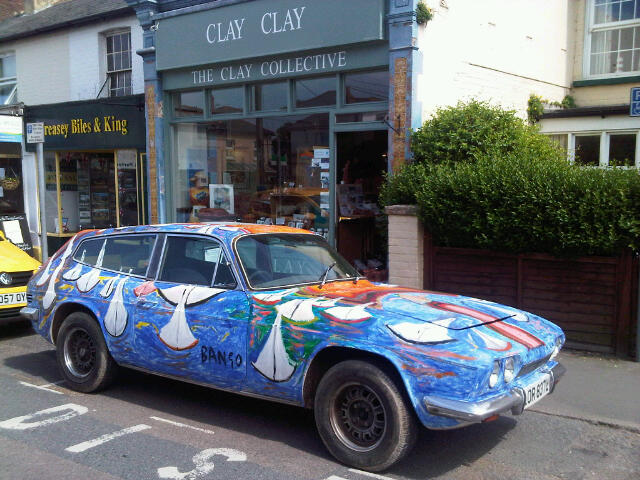 BB Bango. His Car a Painting on wheels - Reliant Scimitar GTE