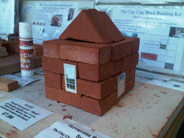 Small Georgian Shed. Maxi Bricks