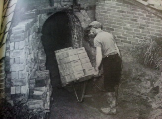 Barrow loading kiln Suffolk 1973